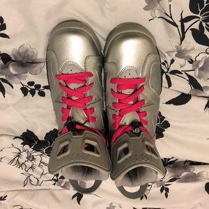 Air Jordan 6 Retro Size 6Y - Valentine's Day